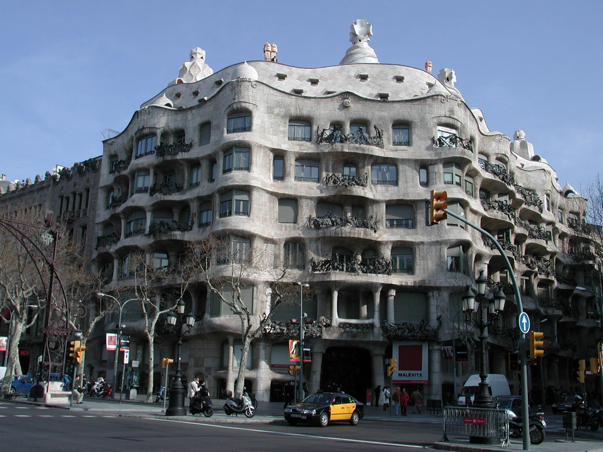 Barcellona economica consigli e info utili di viaggio for Ostelli a barcellona consigli